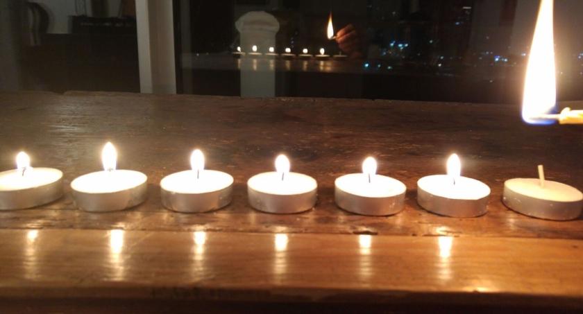 Die 7. Kerze der 7. Menora für das 7. Millennium