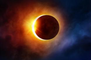 27. Juli 2018 — Total Lunar Eclipse — Jerusalem, Israel solar-eclipse-clouds